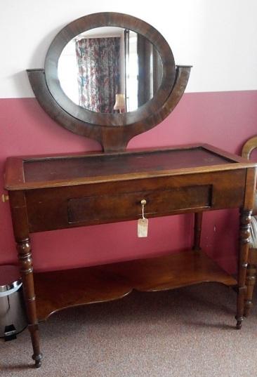 vm-012, French dressing table, 19.century, l-102cm, h-144cm